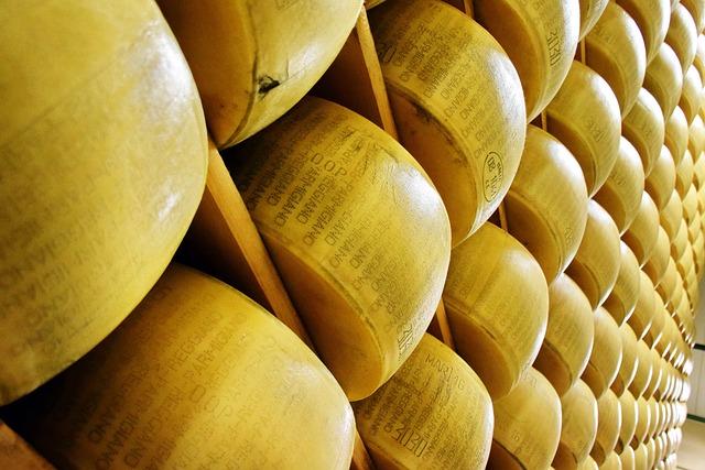 Parmigiano Reggiano, Cheese, Italy, Italian, Food
