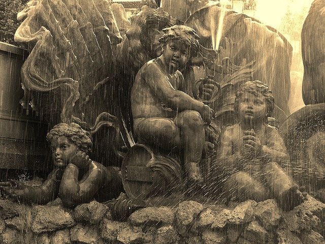 Fountain Detail, Bordeaux, Cherubs