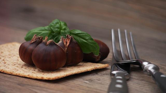 Chestnut, Chestnuts, Brown, Food, Nutrition, Edible