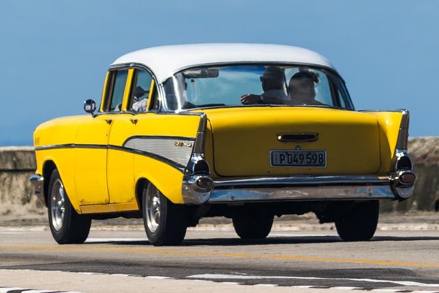 Cuba, Havana, Malecon, Almendron, Classic, Chevy