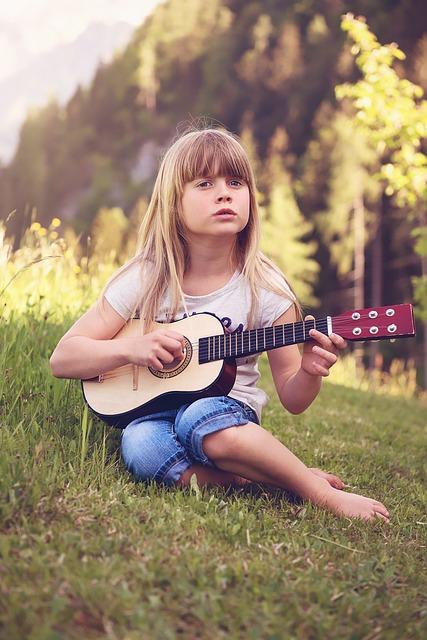 Person, Human, Child, Girl, Blond, Guitar, Music