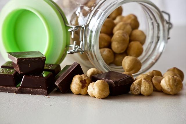 Hazelnuts, Chocolate, Shelled Hazelnuts, Dark Chocolate
