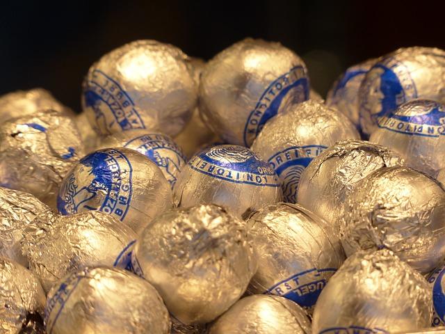 Mozartkugeln, Chocolates, Sweetness, Chocolate, Shine