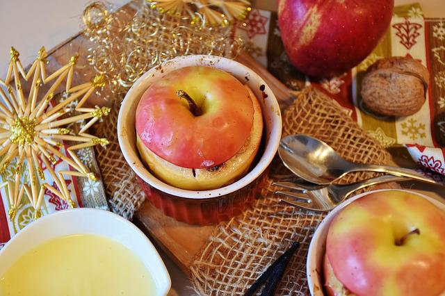 Apple, Baked Apple, Advent, Christmas, Christmas Dinner