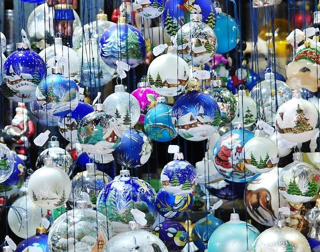 Christbaumkugeln Cappuccino.Free Photo Tree Christmas Winter Christmas Decorations Ball Max Pixel