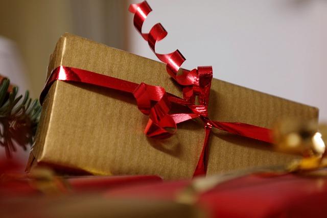 Gift, Christmas, Nicholas, Name Day, Valentine's Day