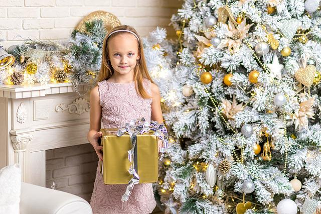 Child, Christmas, Girl, People, Season, Happiness
