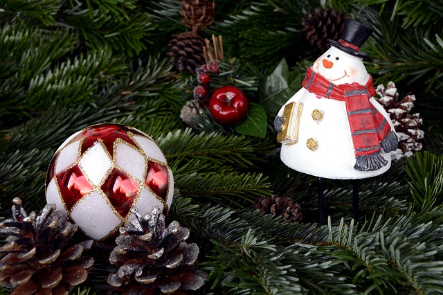 Snow Man, Christmas, Christmas Balls, Balls, Pine Cones