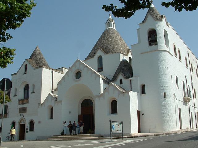 Alberobello, Trulli, Puglia, Church