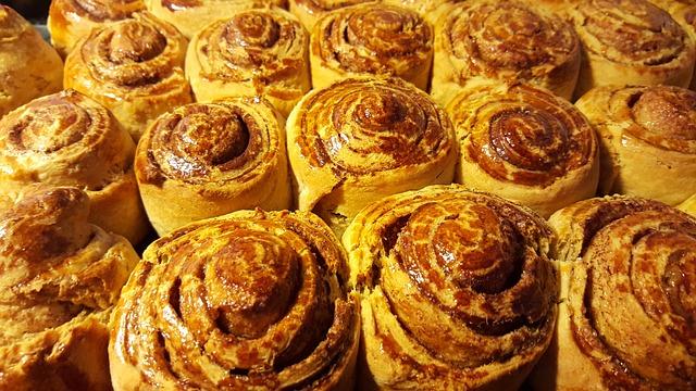 Cinnamon Rolls, Pastry, Homemade, Baking