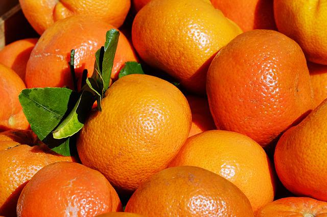 Tangerines, Clementines, Citrus Fruits, Leaves, Box
