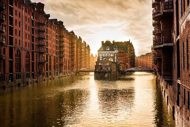 Hamburg, Speicherstadt, Channel, City, Houses, Germany