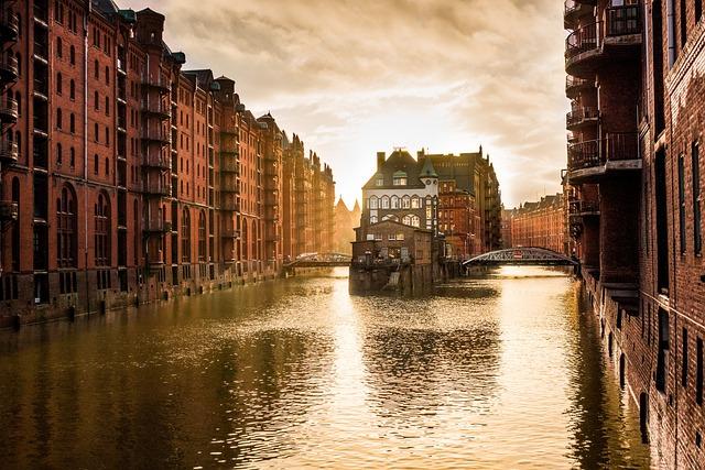 Hamburg, Speicherstadt, Channel, City, Houses, Germany