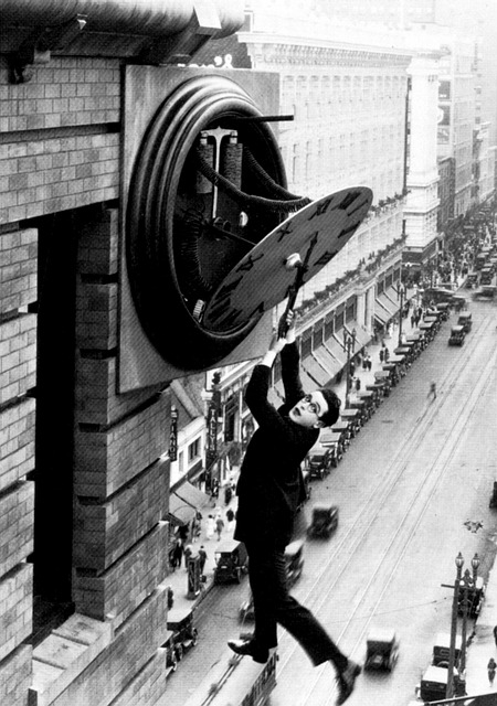 Harold Lloyd, Clock Building, City, Danger, Stunt