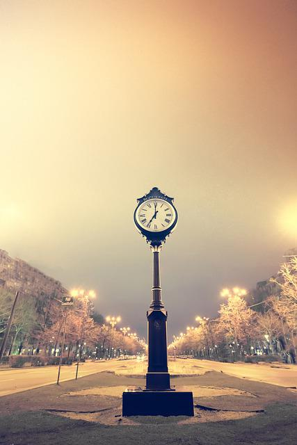 Clock, Time, Bucharest, Time Clock, Minute, Hour, White