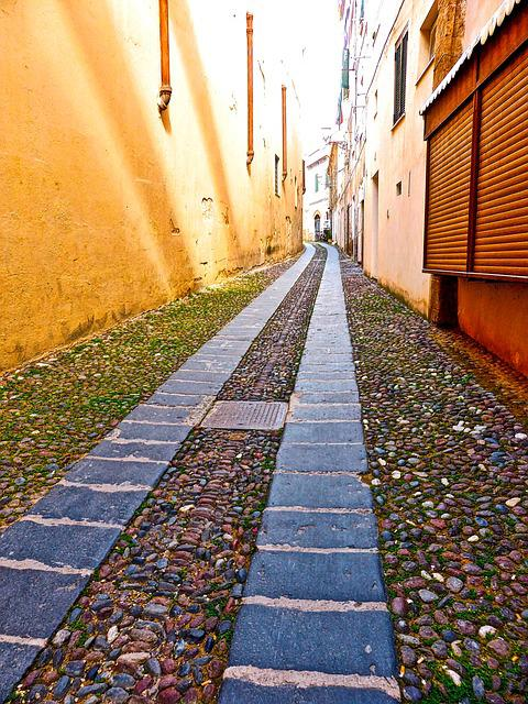 Lane, Alghero, Narrow, Cobblestones, Backstreet