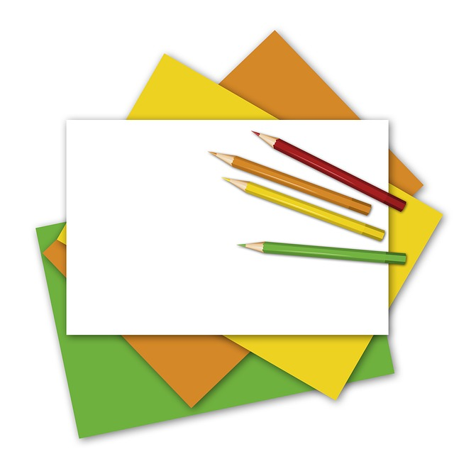 Paper, Fanned Out, Pens, Colored Pencils, Green, Yellow