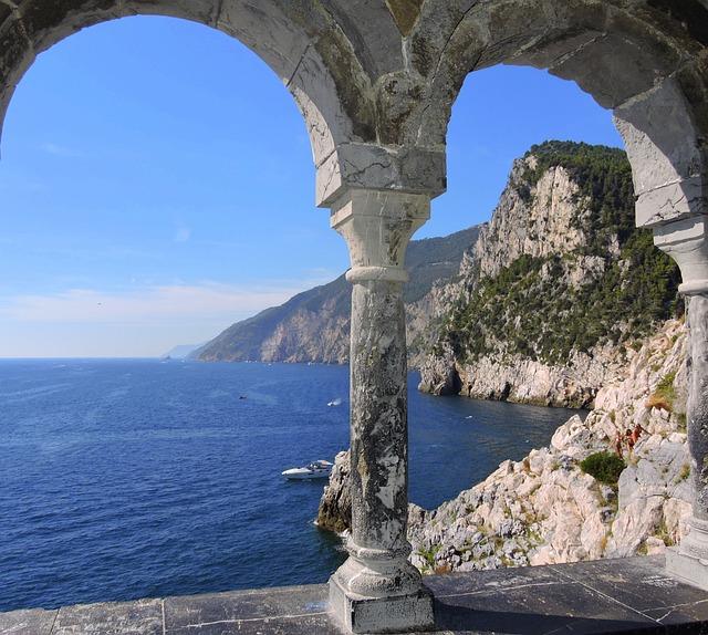 Window, Sea, Column, Scoglio, Sky, Mountain