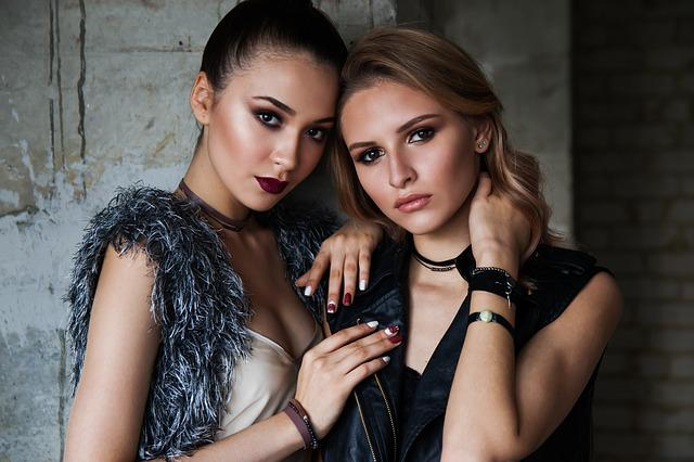 Two Girls, Concrete Wall, Loft, Russian, Model, Compose