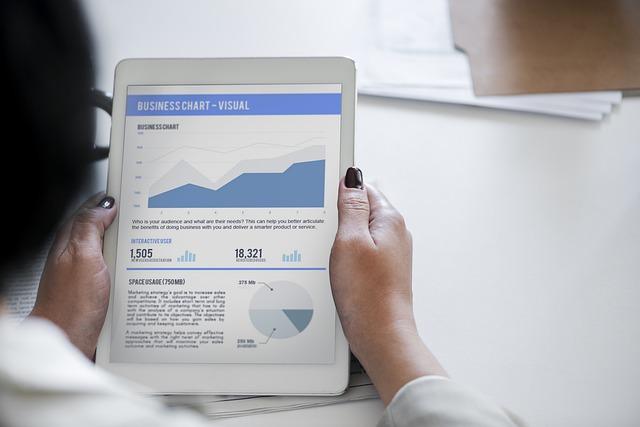 Screen, Computer, Technology, Adult, Business, Aim
