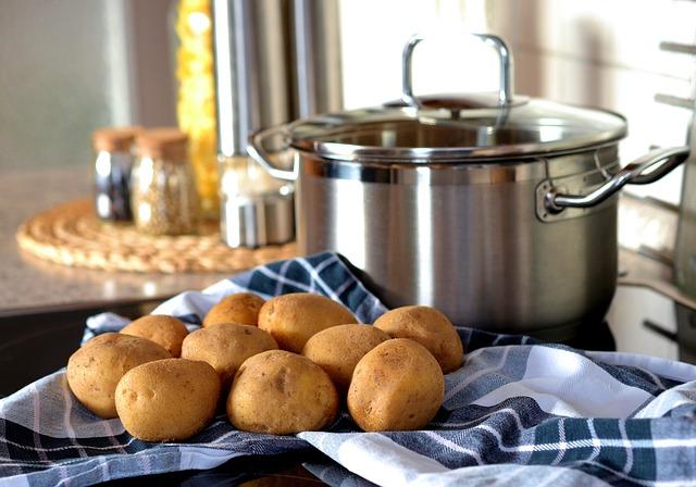 Potatoes, Cook, Pot, Eat, Food, Fresh Potatoes, Crops