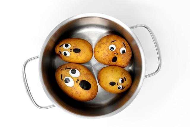 Potatoes, Fear, Horror, Pot, Cook, Funny, Unpeeled