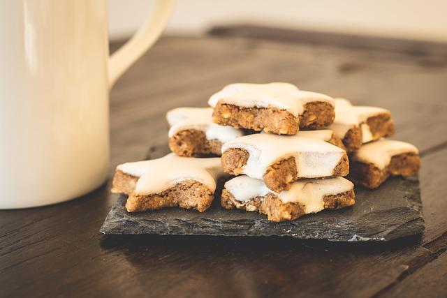 Christmas Cookies, Cinnamon Stars, Cookies, Pastries