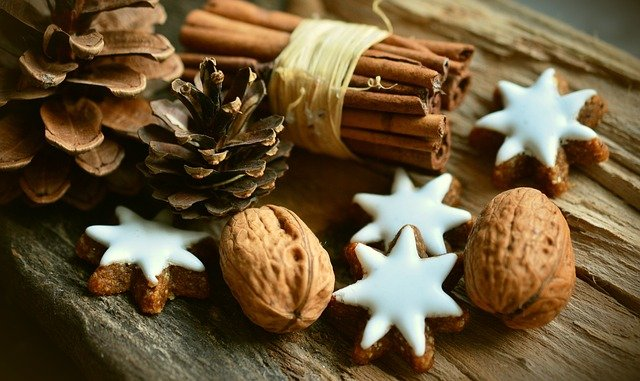 Cookies, Walnuts, Cinnamon Sticks, Pine Cones