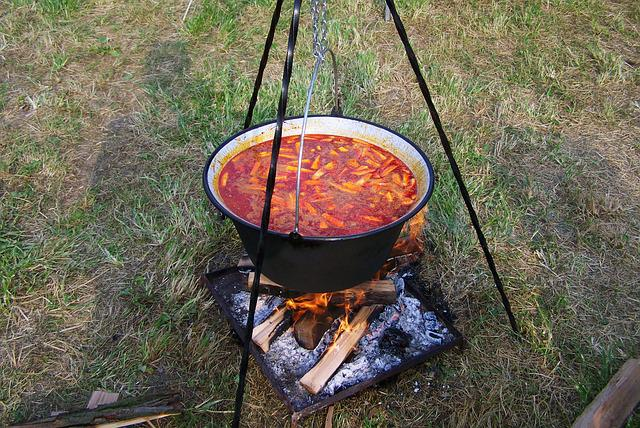 Kettle Goulash, Food, Cooking On An Open