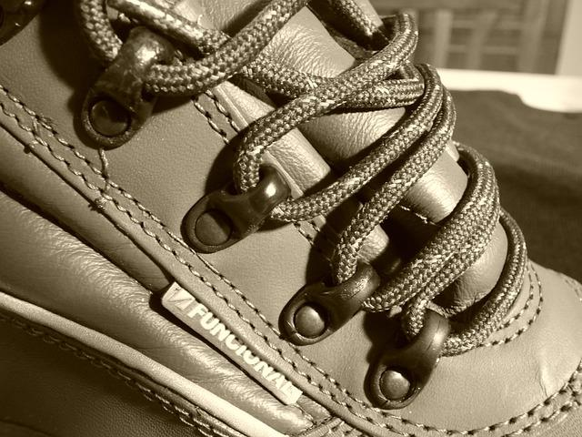 Buskin, Security Shoes, Cords, Leather