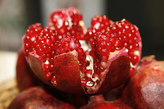 Pomegranate Open, Cores, Fruit, Fruit Logistica