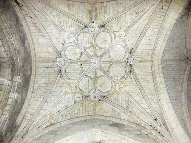 France, Coucy-le-château, Church, Vault, Transept