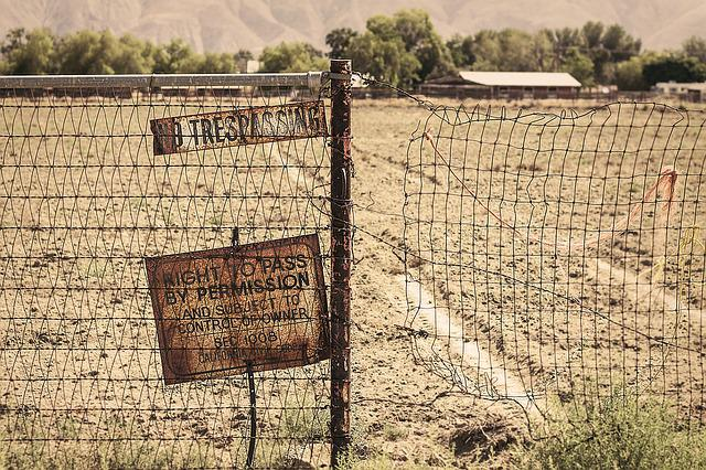 Rural, Rust, Sign, No Trespassing, Fence, Farm, Country