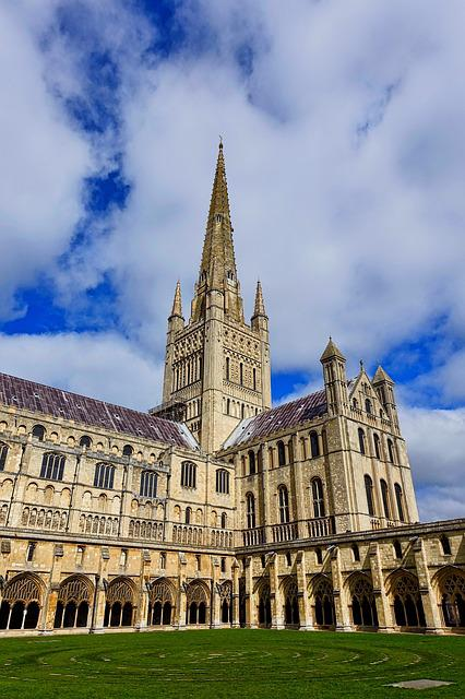Courtyard, Norwich Cathedral, Spire, Medieval