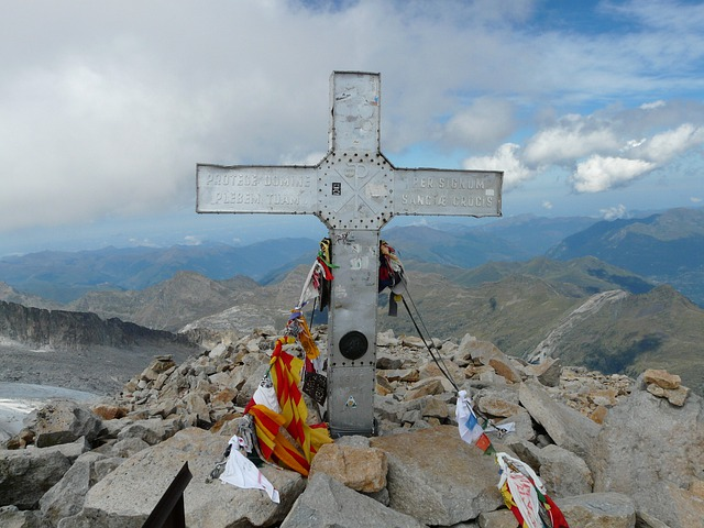 Cross, Top, Pico, Aneto, Mountain, Alpine