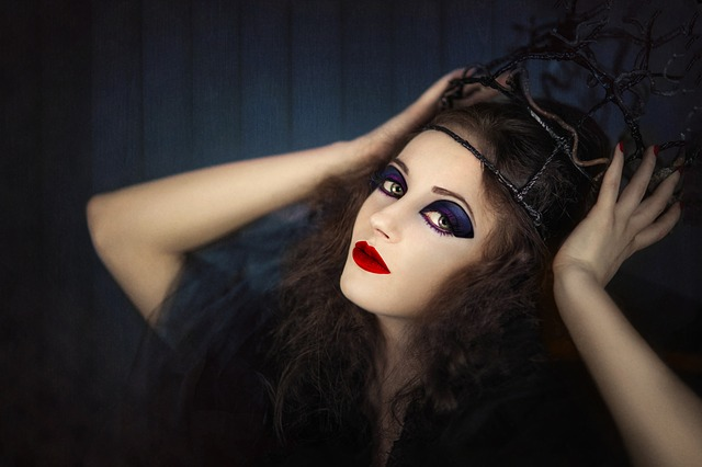 Woman, Girl, Halloween, Crown, The Witch, Vampire