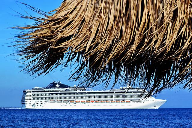 Beautiful Landscape, Cruise Boat, Sailing Away