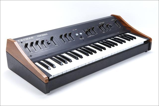 Vintage Synthesizer, Crumar, Crumar Performer, Analog