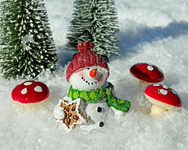 Snowman, Snow, Crystals, Sparkle, Winter, Cold, Wintry