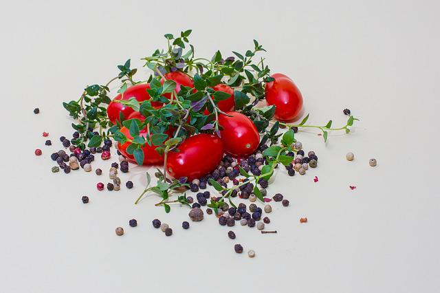 Thyme, Tomatoes, Pepper, Herbs, Culinary Herbs, Food
