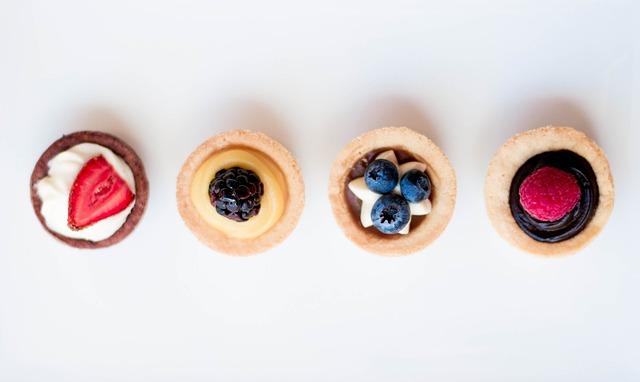 Cakes, Cupcakes, Fruit, Dessert, Delicious, Berry