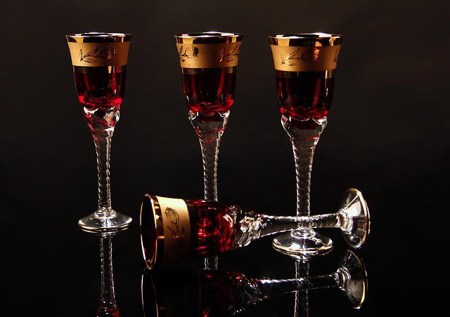 Glass, Red, Studio, Curves, Light Background