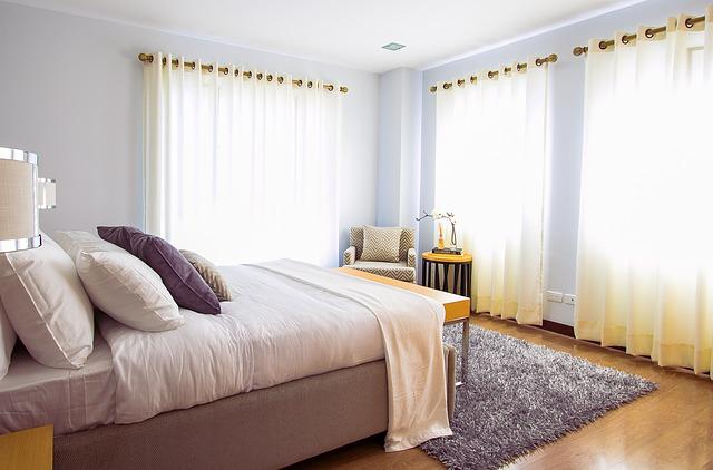 Bed, Bedroom, Carpet, Curtains, Pillows, Cushions