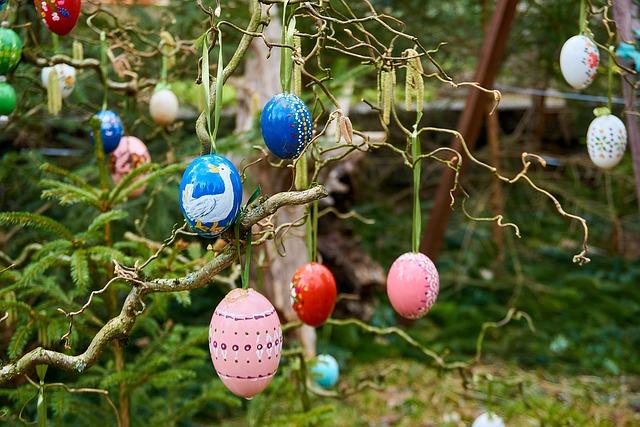 Easter Well, Bieberbach, Easter Eggs, Custom