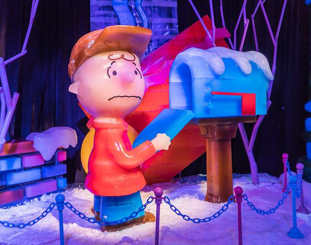 Ice Sculpture, Charlie Brown, Mail Box, Cute