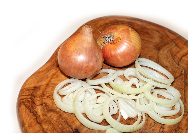Onion, Cutting Board, Food, Vegetables