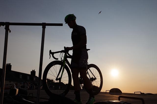 Cyclists, Silhouette, Outline, Helm, Sun, Road Bike