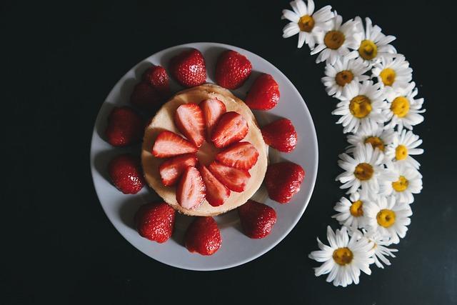 Black Table, Daisies, Daisy, Flowers, Food, Pancake