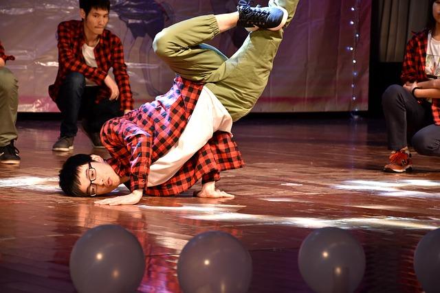 University Student, Dance, Character, Handsome Guy