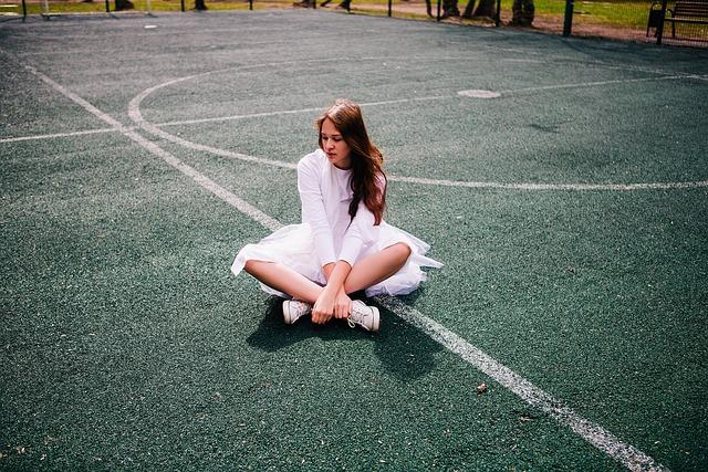 Tennis Court, Girl, Ballet, Dancing, City, Games